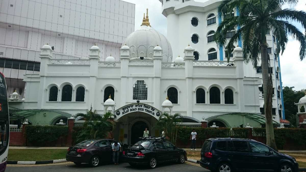 8 Gurdwaras in Singapore - All About Sikhism in Singapore