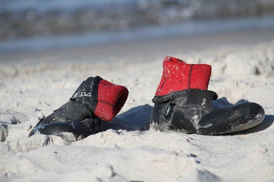 protective beach footwear