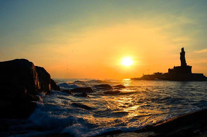 Kanyakumari Beach, Kanyakumari (2019) - Images, Timings