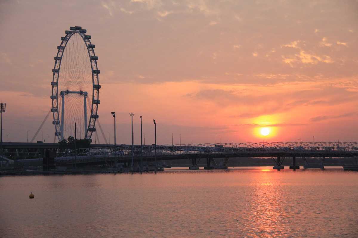 Sunrise at Marina Bay