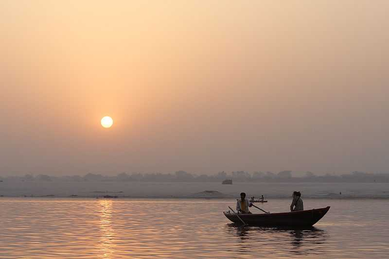Sunrise Boat Ride, Witness the rich culture of Benaras through these pictures