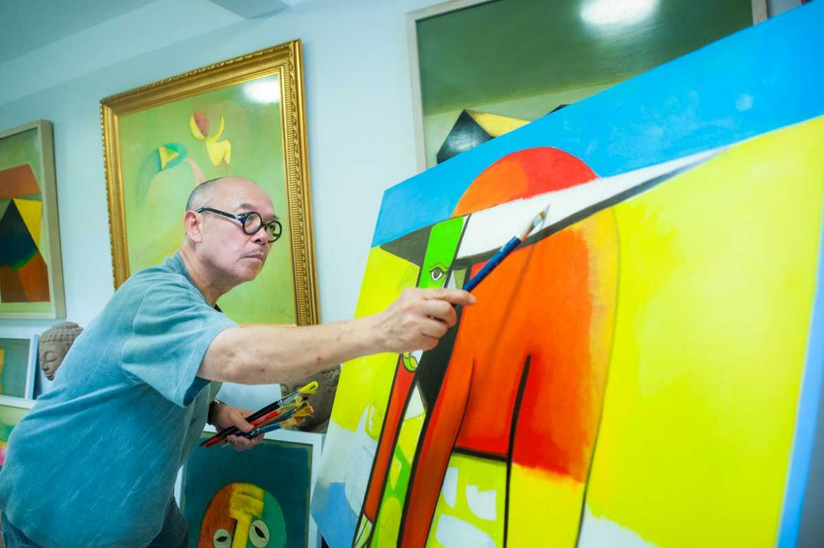Thanh Chuong's Artworks are Displayed at Thanh Chuong Viet Palace