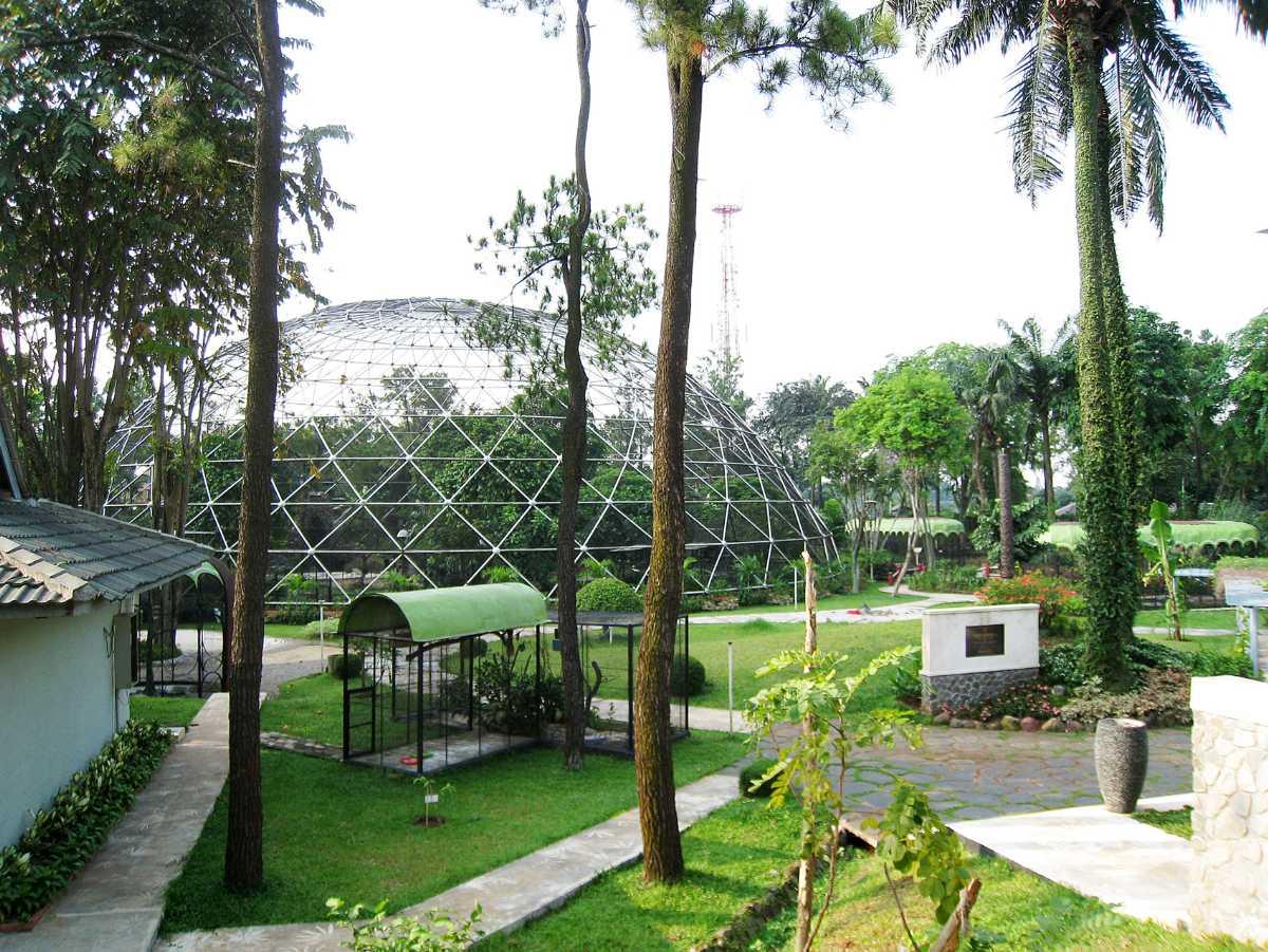 Taman Mini Indonesia Indah Bird Park