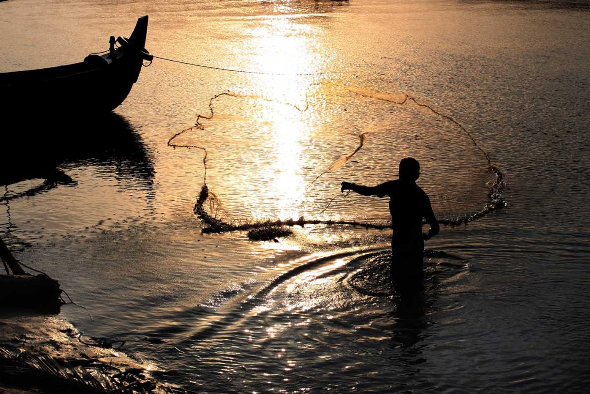 Fishing at Tarkarli