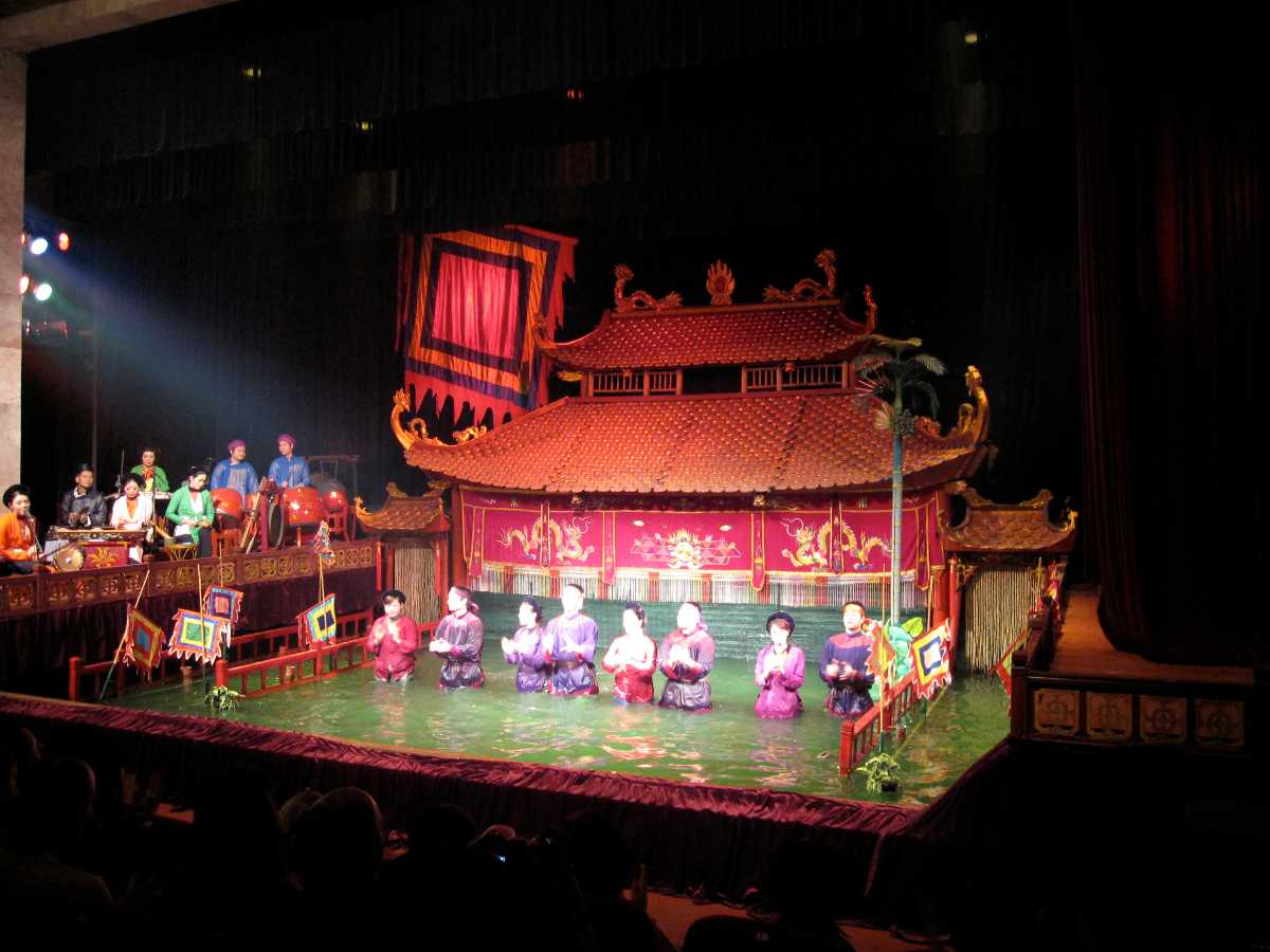 Thang Long Water Puppet Show, Interesting Facts about Hanoi