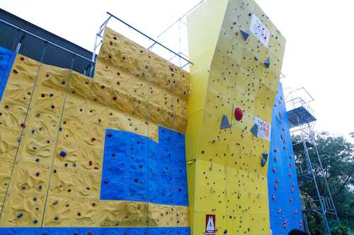The Cliff for Rock Climbing in Singapore