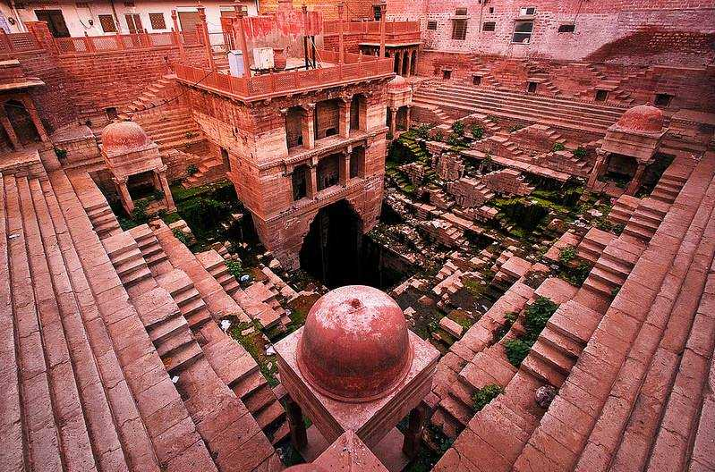 Toor Ji ki Jhalra, Stepwells in India