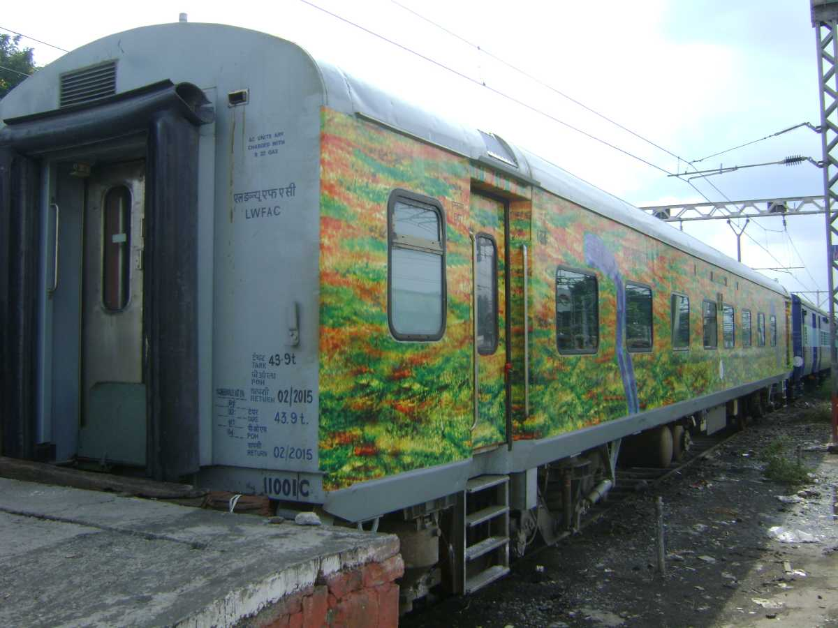Hyderabad to Puri by Train