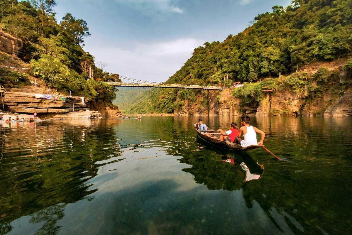 Umngot River