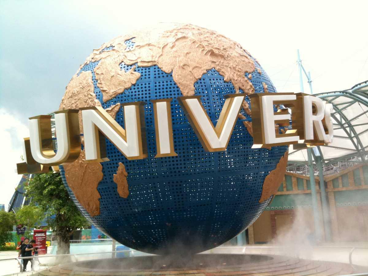 Universal Studios, Romantic Places in Singapore