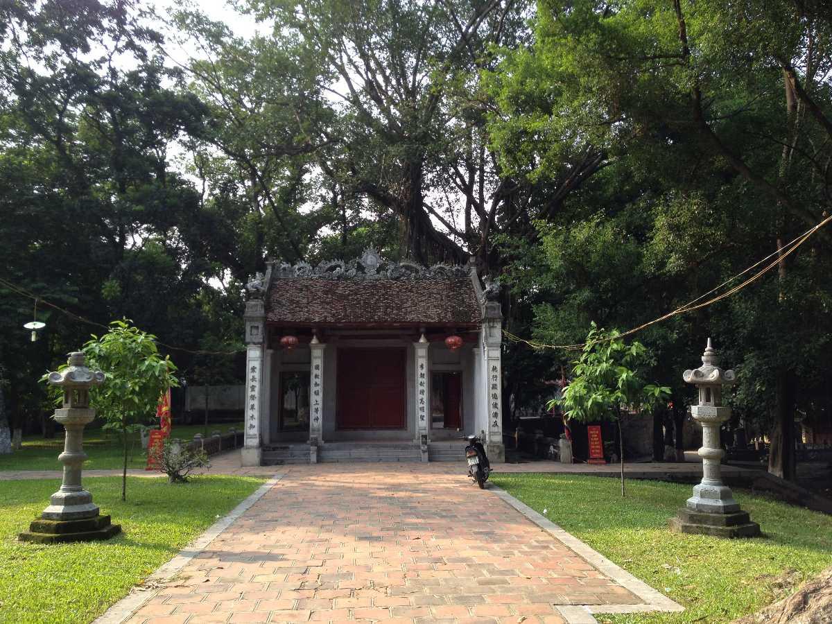Voi Phuc Temple Hanoi Vietnam