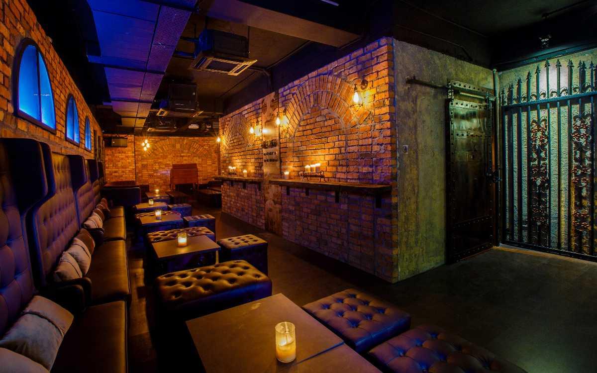 The Vault Bar, Bars in Kuala Lumpur