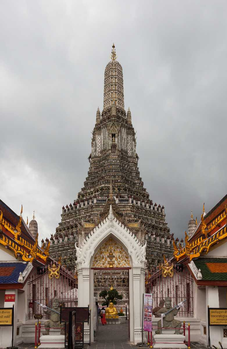 Central Prang of Wat Arun