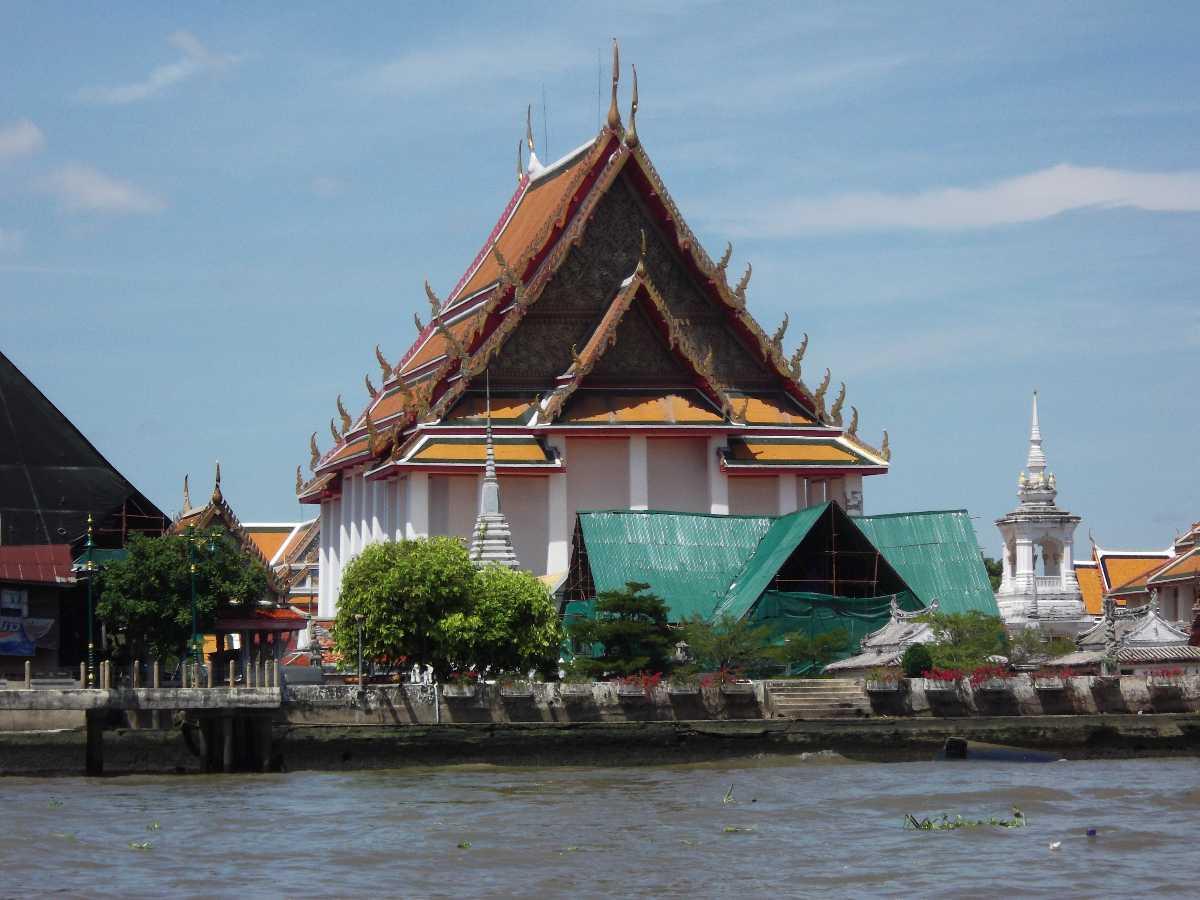 Wat Kalayanamitr Bangkok Thailand