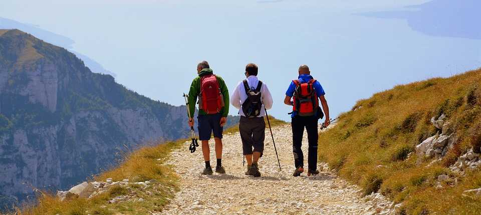 trekking, camping in manali
