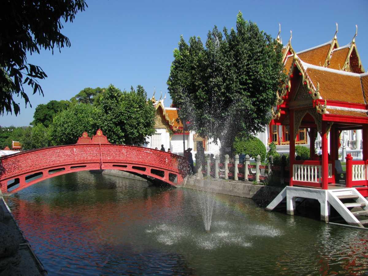 Canal at Wat Benchamabophit Bangkok Thailand