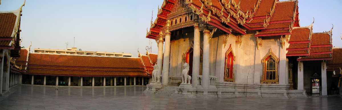 Gallery around Main Temple of Wat Benchamabophit Bangkok