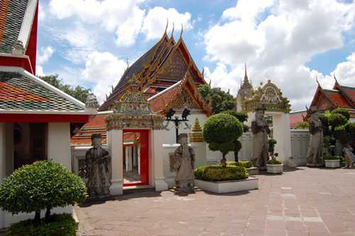 Phra Mondop and Yak Wat Pho