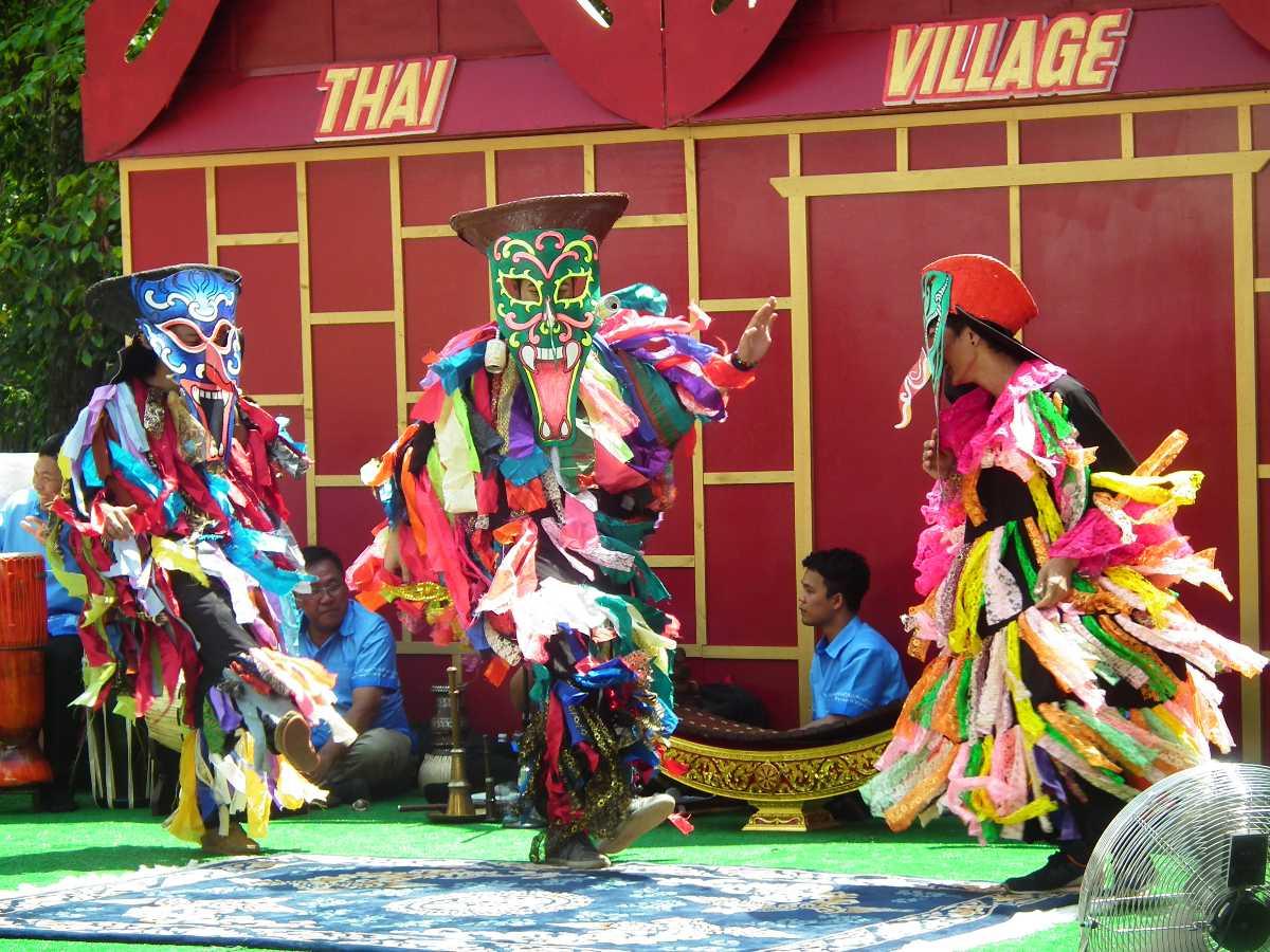 Festivals of Thailand, Phi Ta Khon