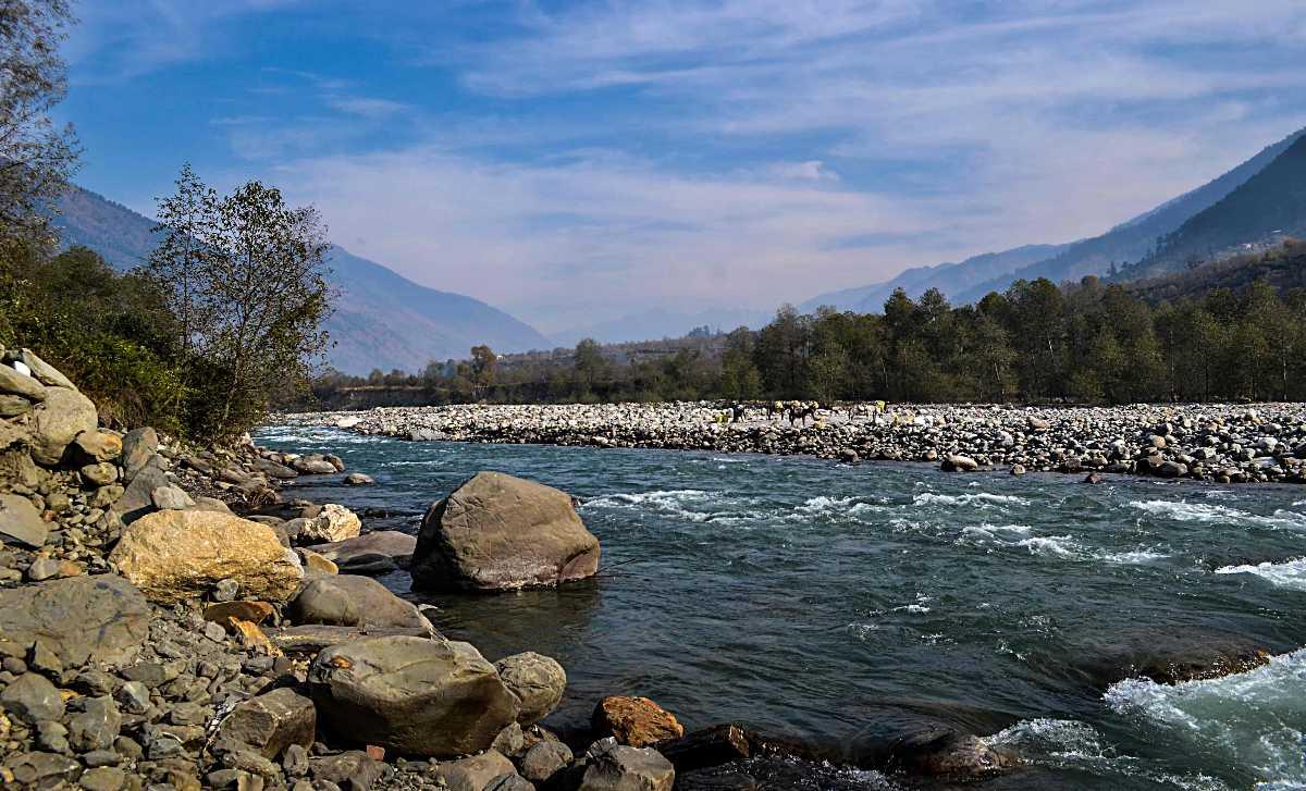 Beas river, camping in manali