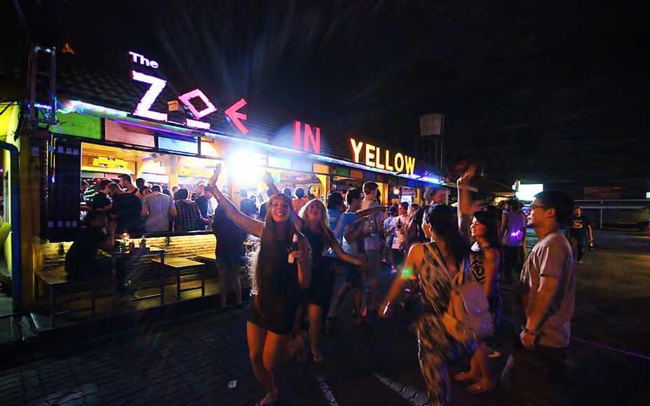 Zoe In Yellow, Chiang Mai