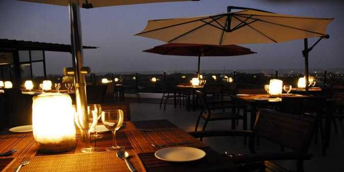 romantic places in chennai, azzuri bay