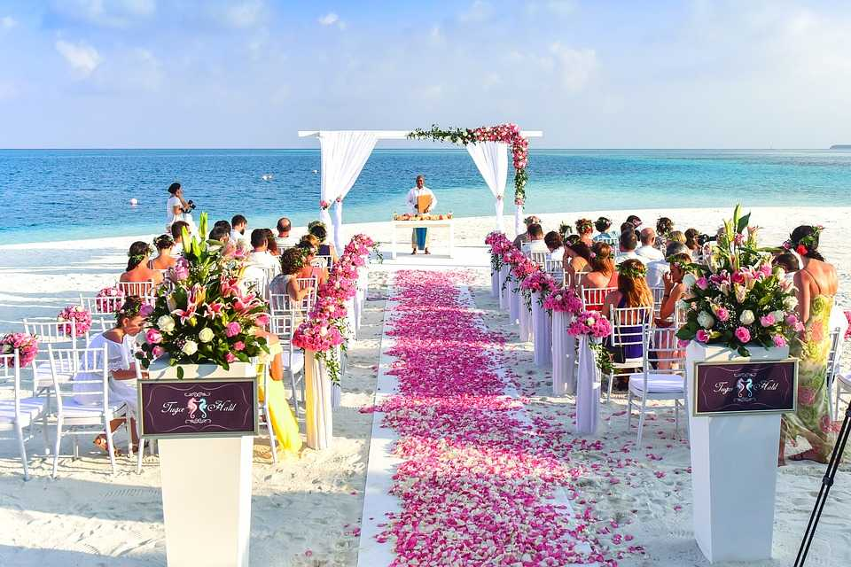 Beachside ceremony, Wedding resorts in seychelles