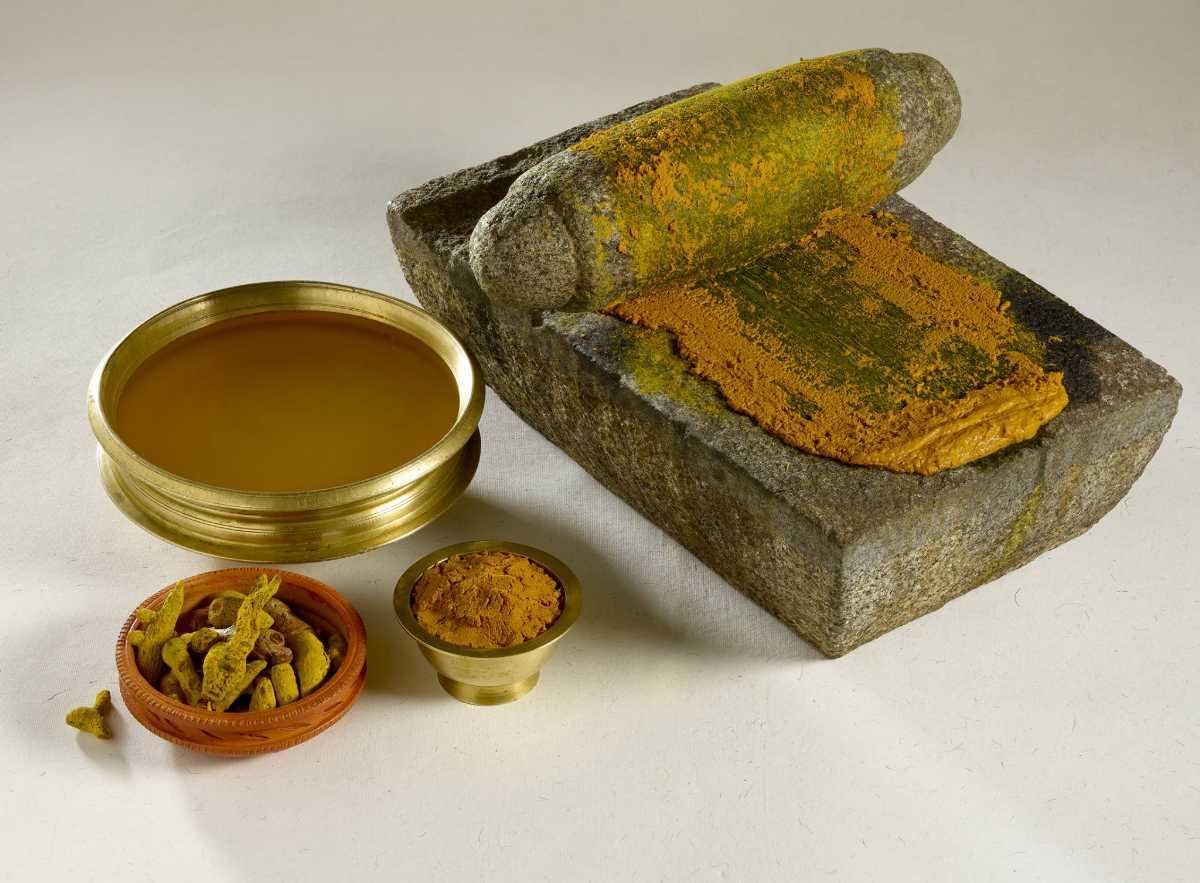 Turmeric powder for Beauty care
