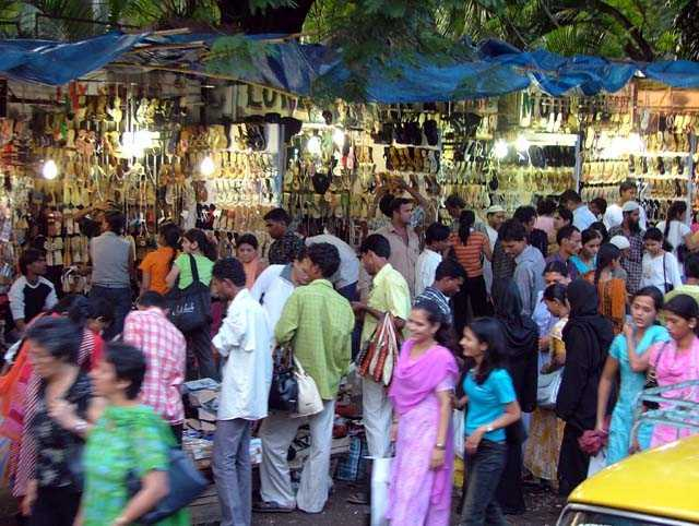 Stock Pictures: Fashion Street in South Mumbai
