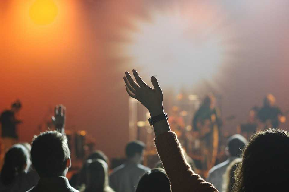 Music clubs, nightlife in Delhi for singles
