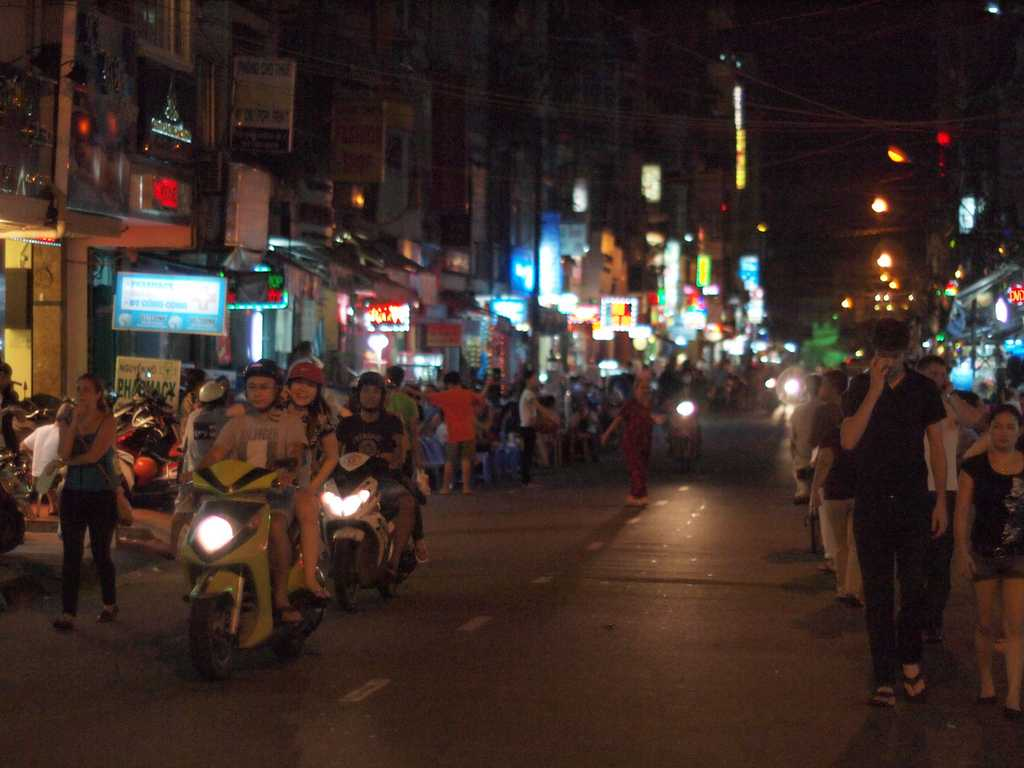 Backpacker's District, Free Things to Do in Ho Chi Minh City