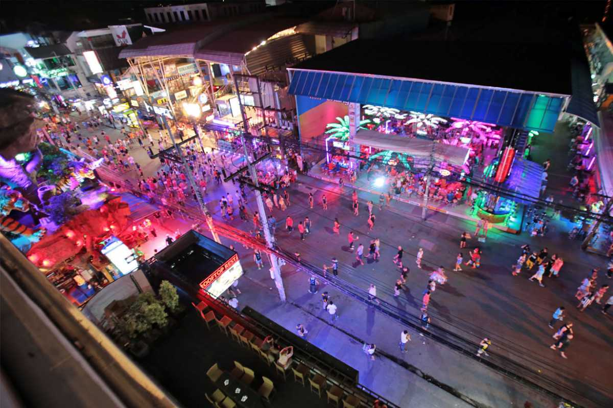 Nightlife, Phuket vs Krabi