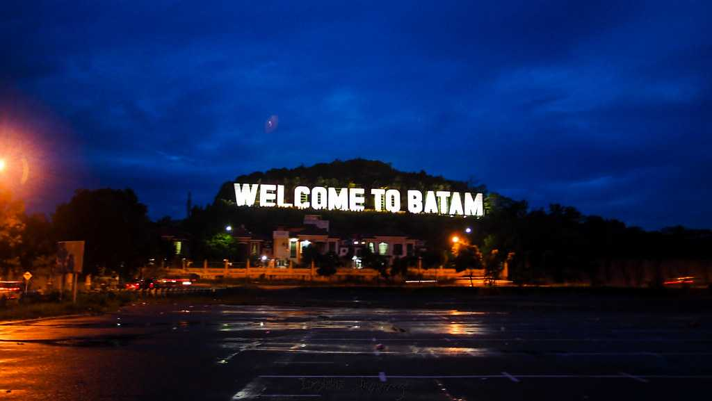 Nightlife in Batam 2021 - 12 Places to Party the Night Away