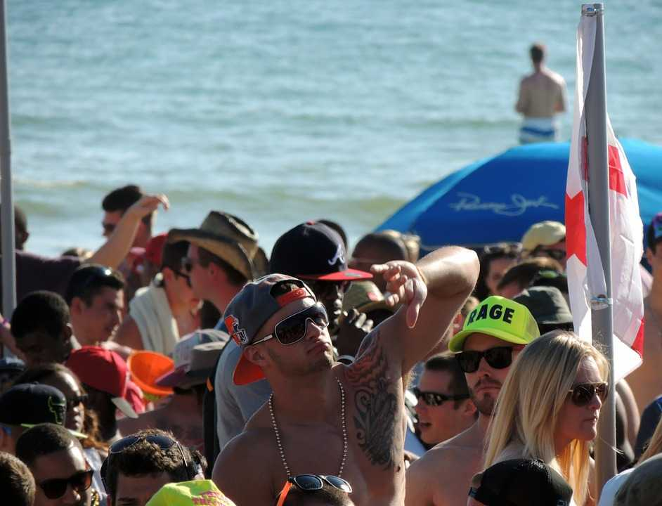 Siloso Beach Party, New Year in Singapore