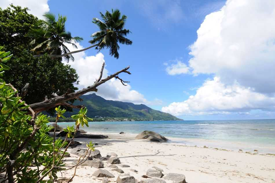 seychelles weather in august, beau vallon