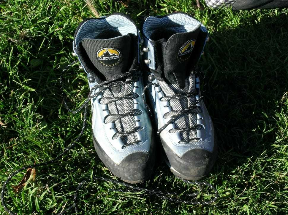 Mountain boots for snow trekking