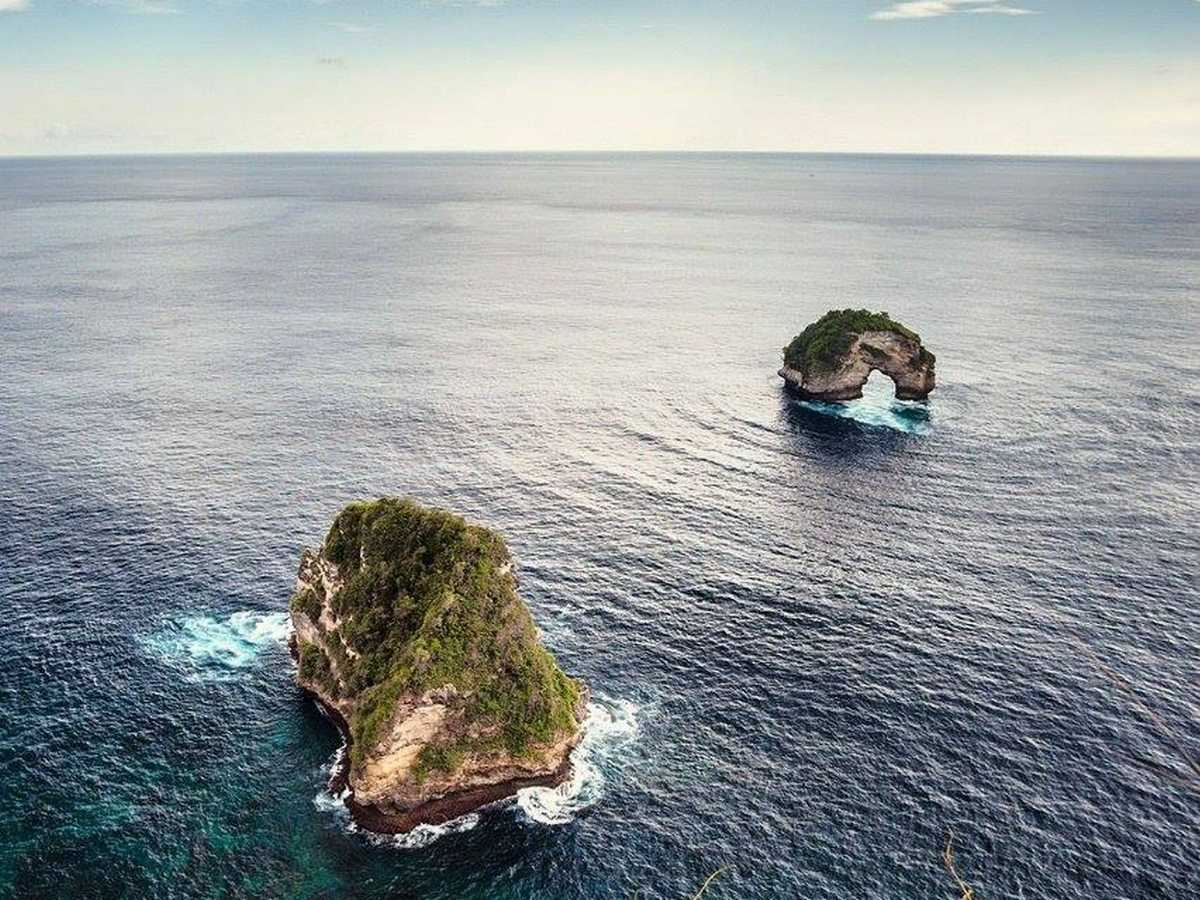 View From Banah Cliff Nusa Penida Bali