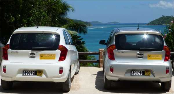 Car rentals, Commuting within Seychelles