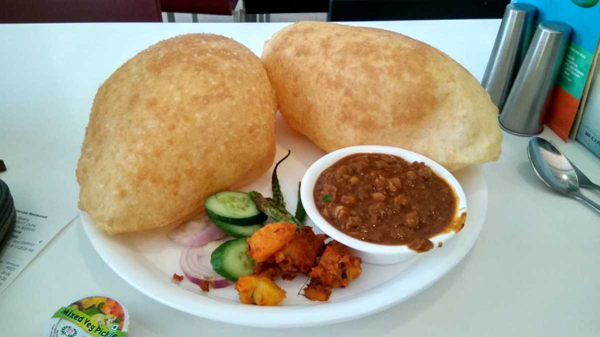 Shyam Sweets, Famous Chole Bhature in Delhi