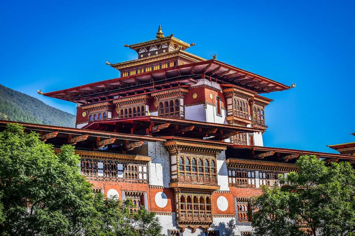 Bhutanese Culture: Religion, Customs, Art and More | Holidify