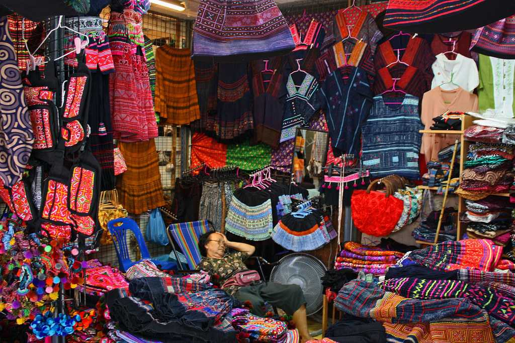 chatuchak market, clothes