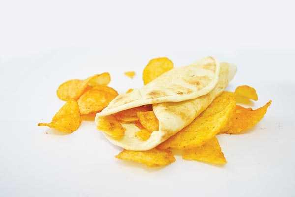 Chips Oman Paratha