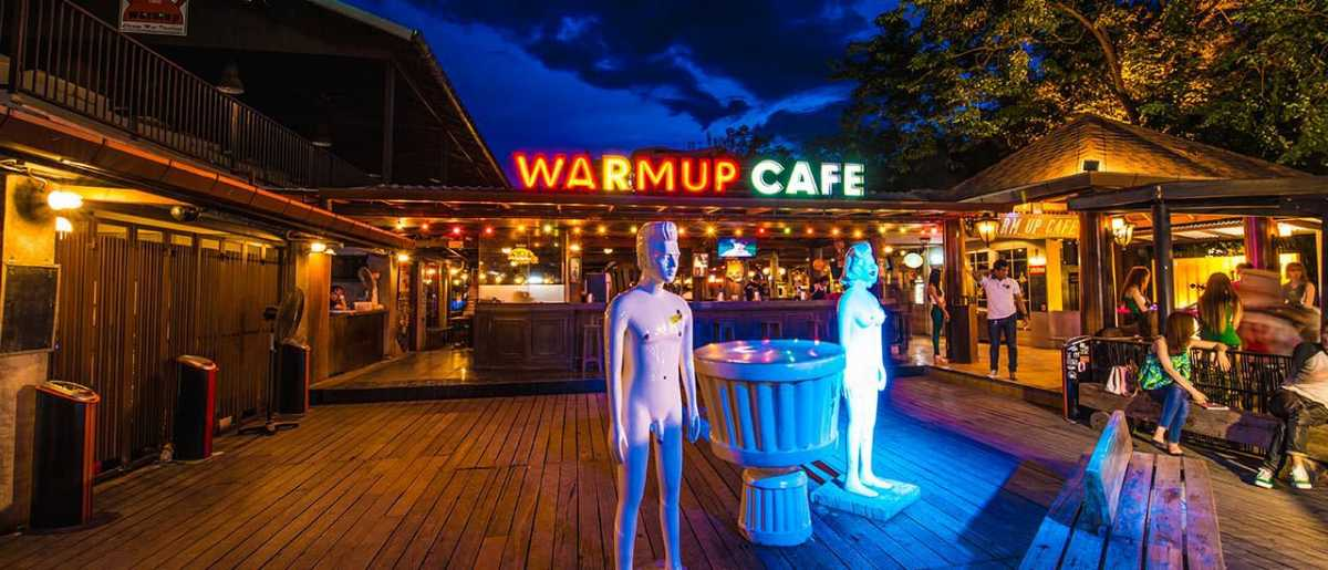 Warm Up Cafe, Nightlife in Chiang Mai