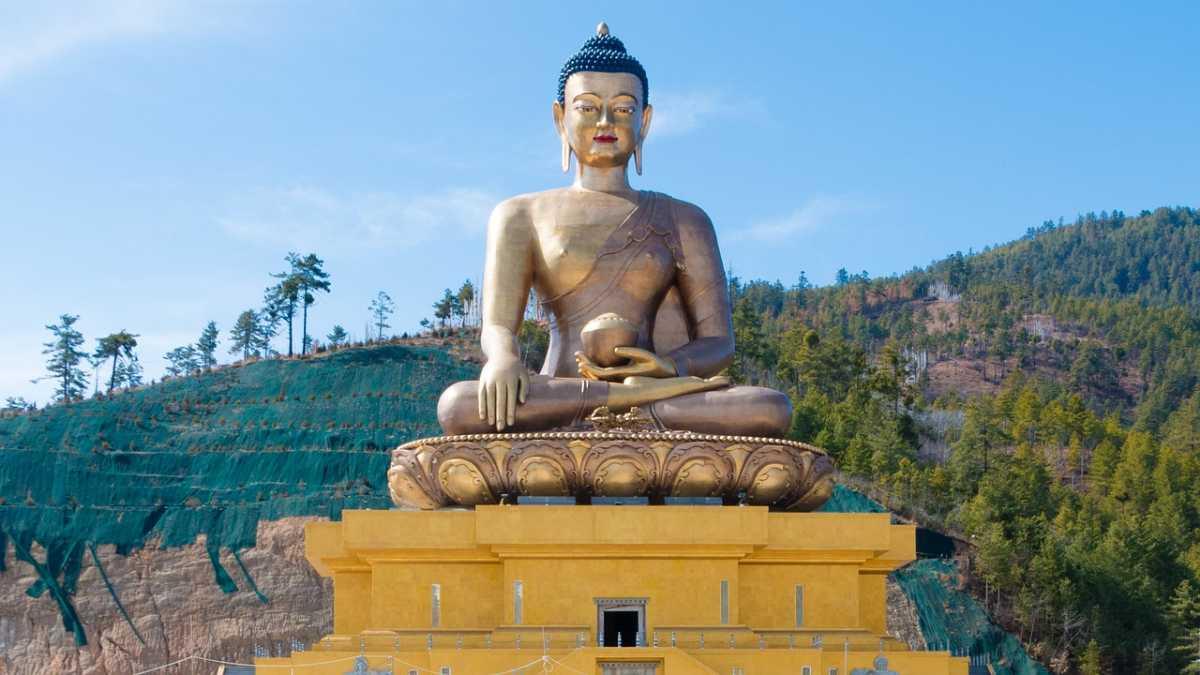 Buddha Dordenma, Buddhism in Bhutan
