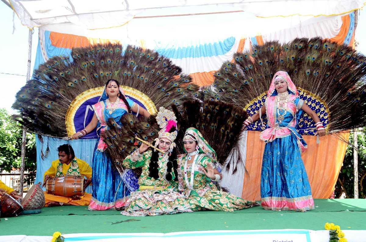 abhaneri festival, raas leela