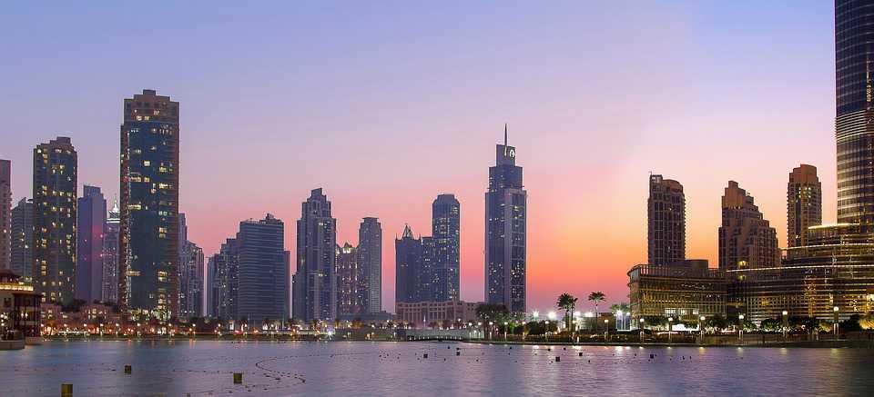 A Romantic walk in Dubai