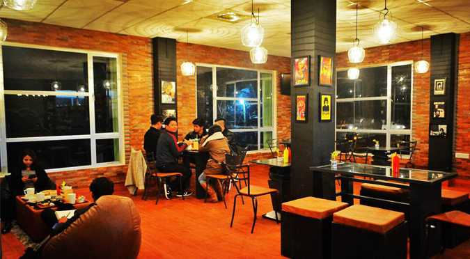 Dylan's cafe, Cafes in Shillong