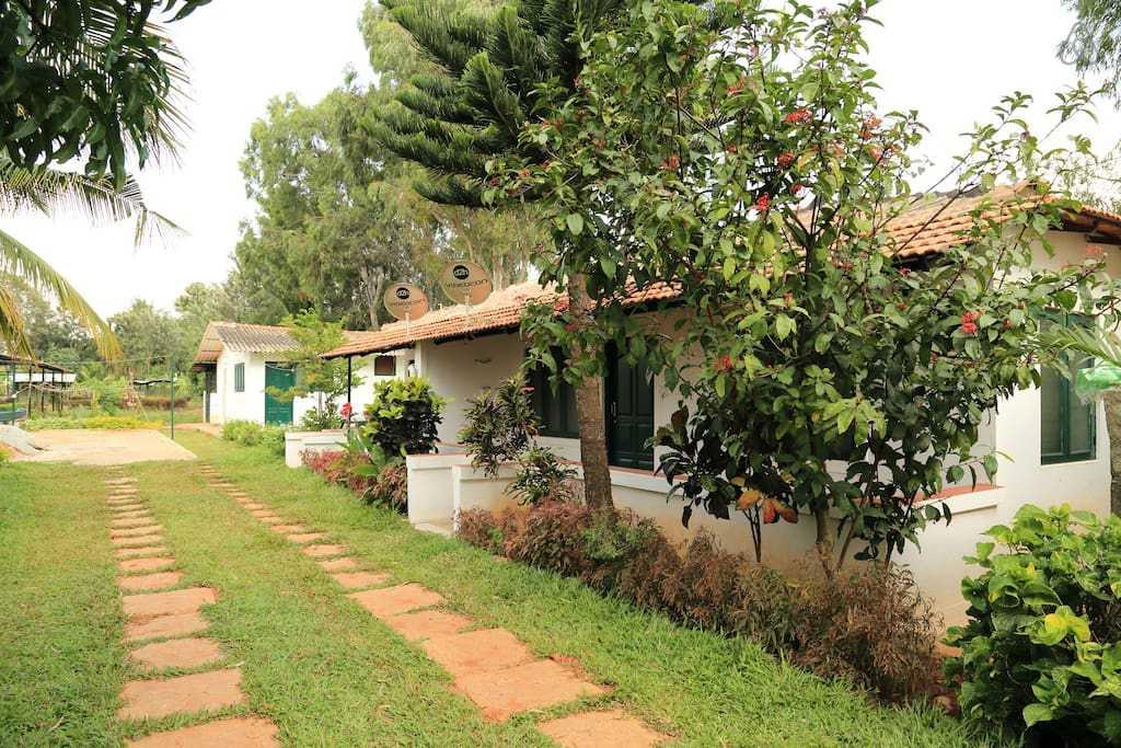 Kadackal  Farms