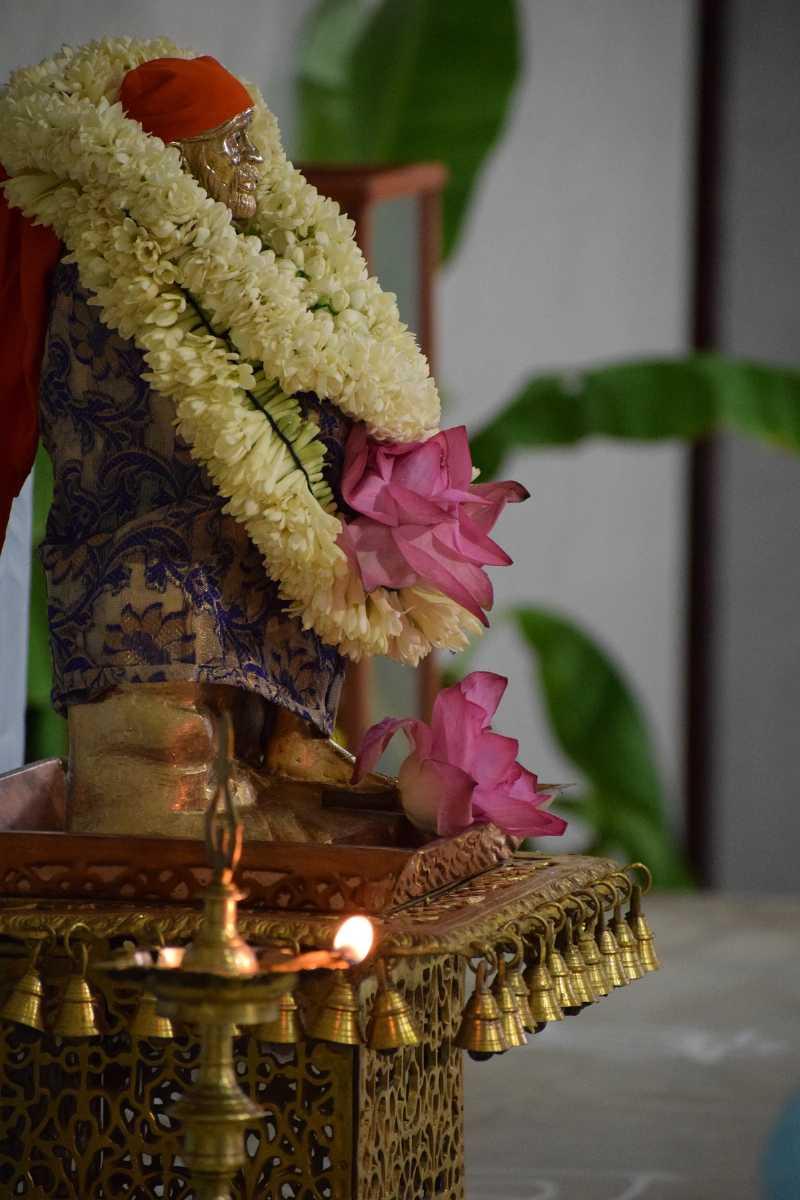Maha Samadhi Punya Thithi Pooja