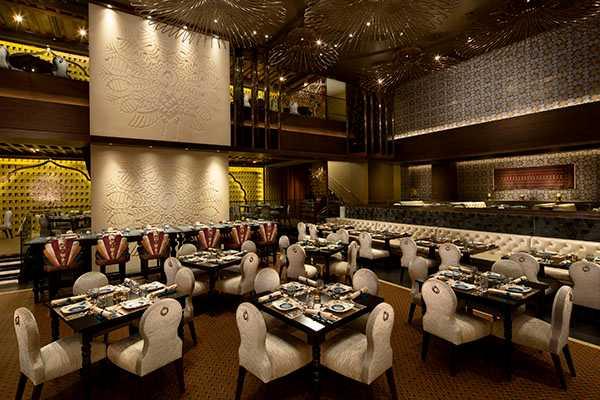 Golden Peacock Restaurant, Halal Food in Macau